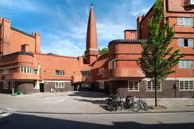 Museum Het Schip / Amsterdamse School